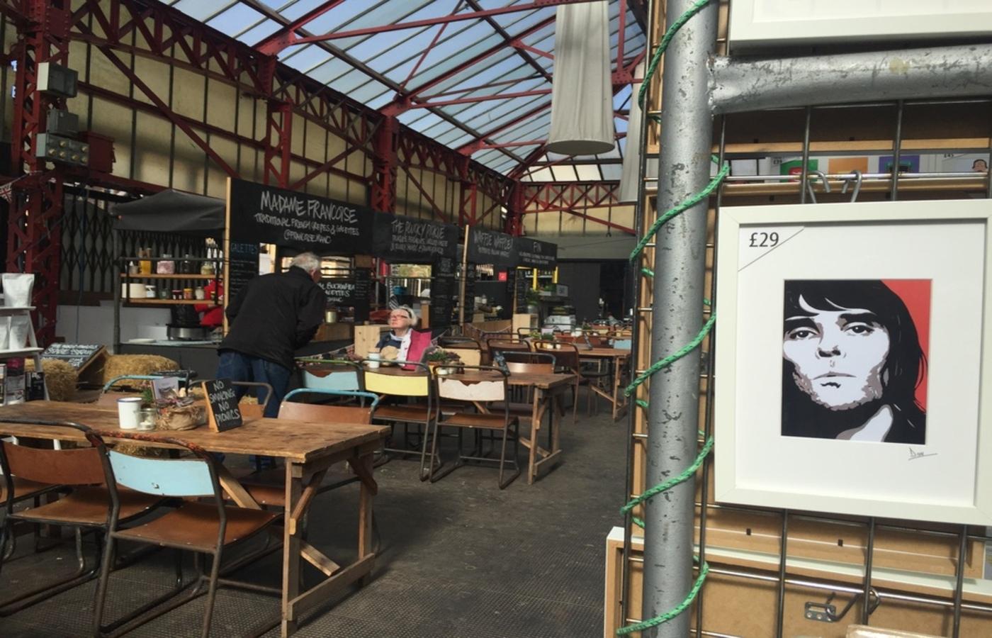 Altrincham Markets 3, Pedddle