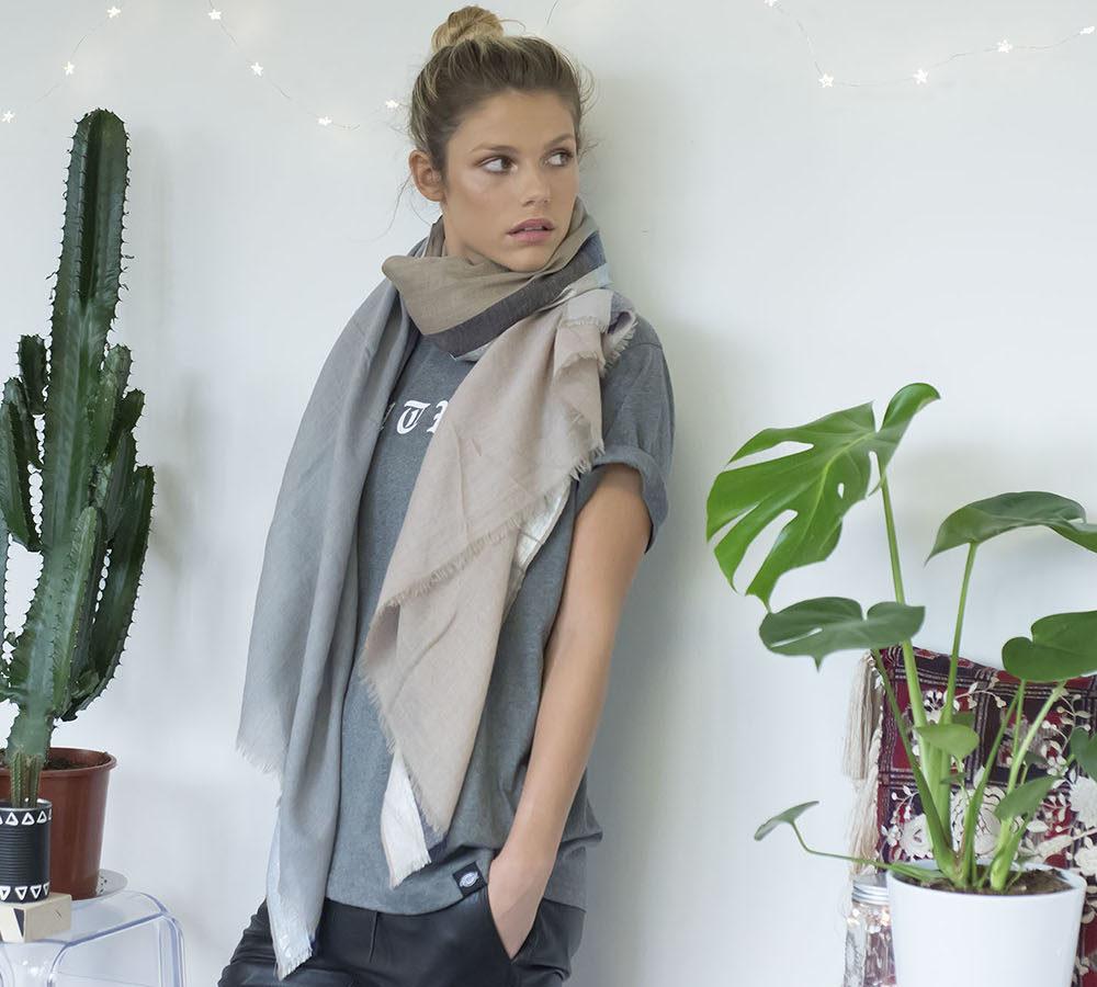 lurex border scarf Lisa Taylor Design 1, Pedddle