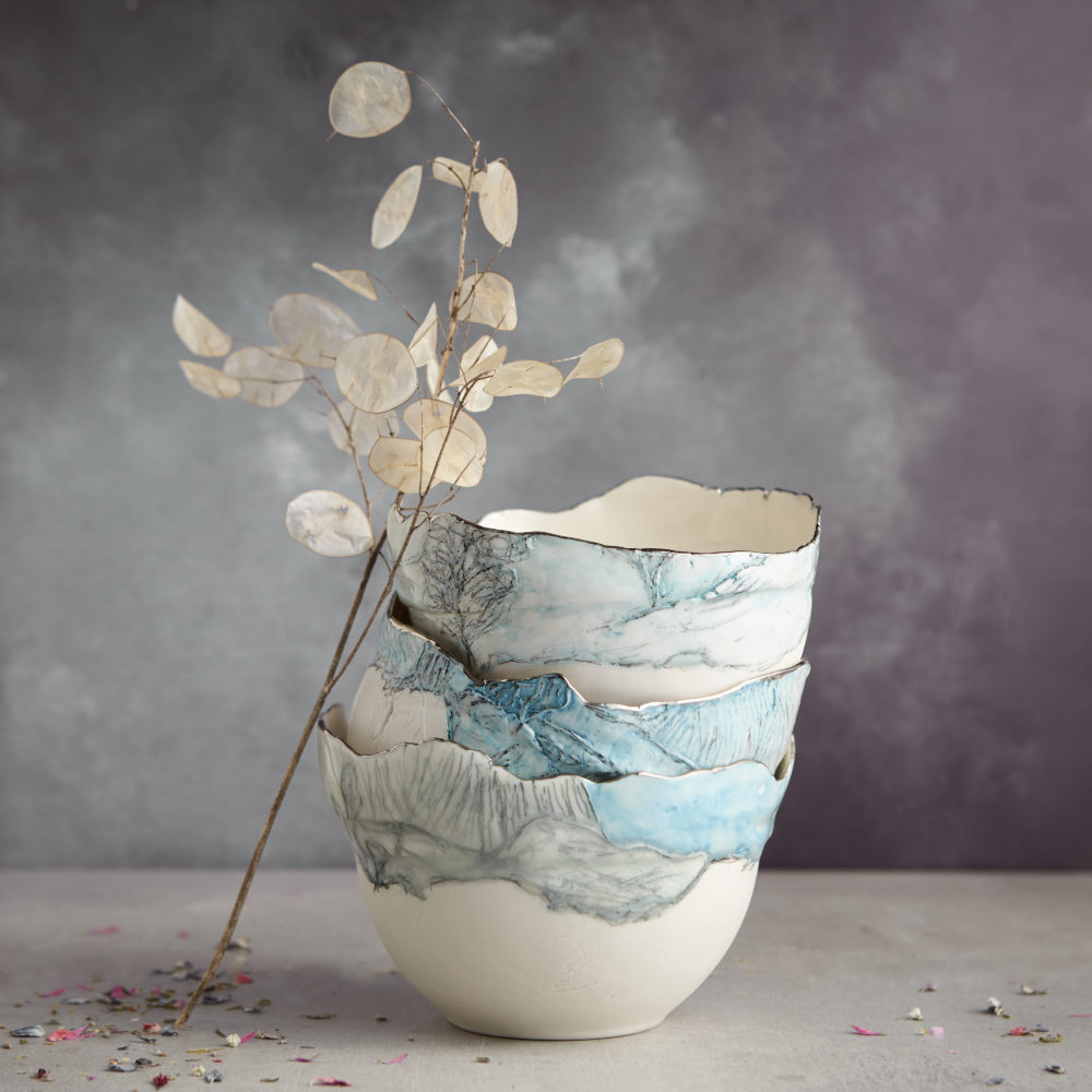 Beautiful Porcelain Landscape Bowls