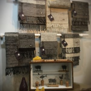 Royal Edge, Pedddle, scarves