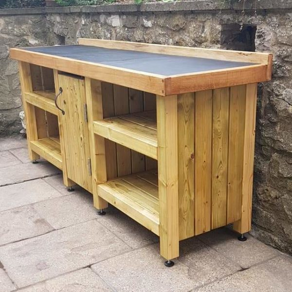A garden kitchen with a natural slate work surface made for a customer in Tideswell, Derbyshire