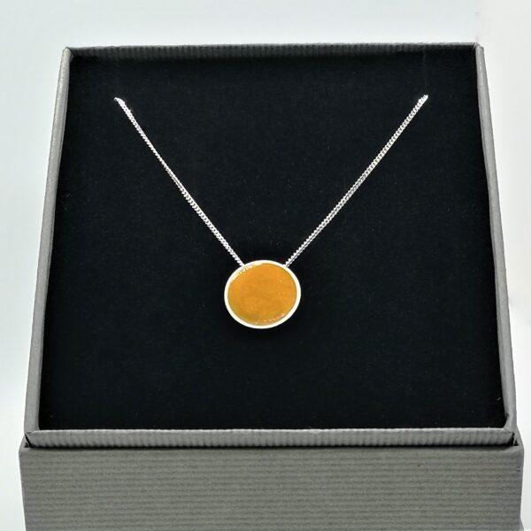iluna designs, Domus pendant, Stirling silver and resin