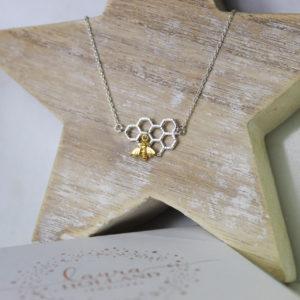 Laura Holland Jewellery, Bee. Pedddle