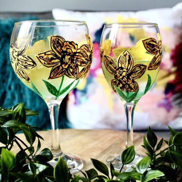 Samara Ball Designs Daffodil Handpainted Gin and Wine Glass