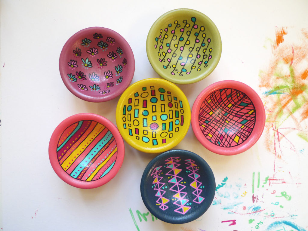 Anna Treliving Design, Handpainted decorative small wooden bowls. Geometric patterns painted in bright and bold contrasting colours.