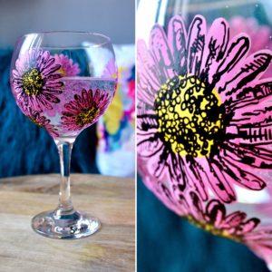 Samara Ball Designs Handpainted Pink Daisy Gin Bulb