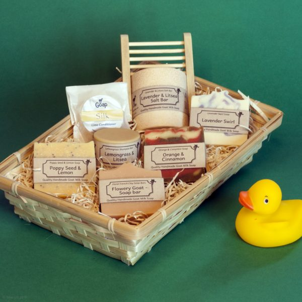 Goap Bath Soap Gift Set for Her, Elizabeth Macbeth. Pedddle