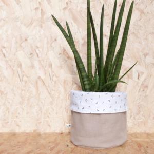Reversible planter