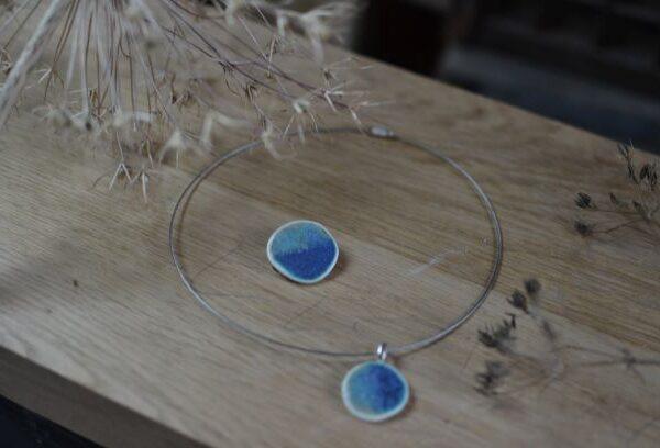 Lorna Gilbert Ceramics, pendant and brooch 1