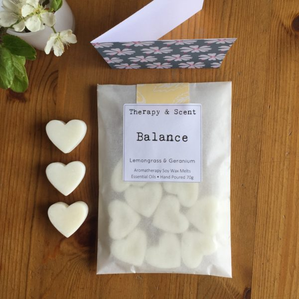 Therapy & Scent -A Letterbox gift, luxury soy wax, aromatherapy melts, made with pure essential oils and blended for therapeutic benefits to help well-being. You can send a personalised message with the gift, from you to the recipient.