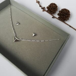 laconic jewellery facet necklace earring gift set