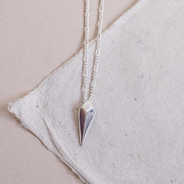 Laconic-Facet-Long-Drop-Silver-Pendant-Packshot