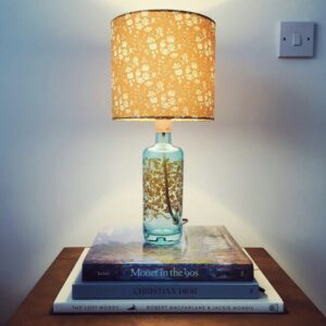 gin_pourium, silent pool gin bottle lamp
