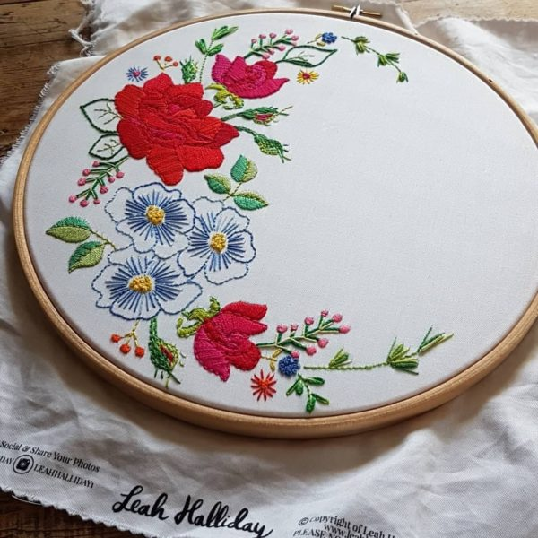 Leah-Halliday-Rose-Fabric-Printed-Embroidery-Pattern-10-inch-hoop (2)