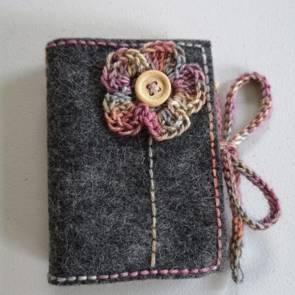 Daisy Dumpling, Grey Jewellery Travel Case