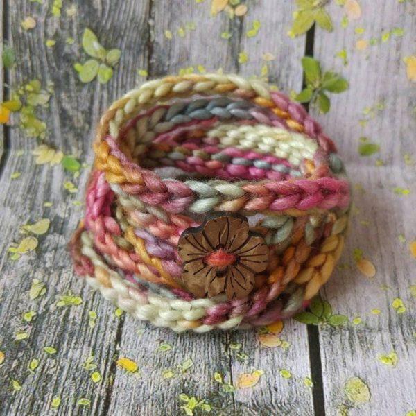 Daisy Dumpling, Wraparound Bracelet