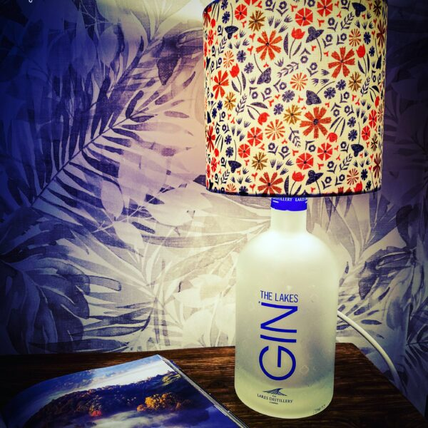 gin_pourium, the lakes gin bottle lamp