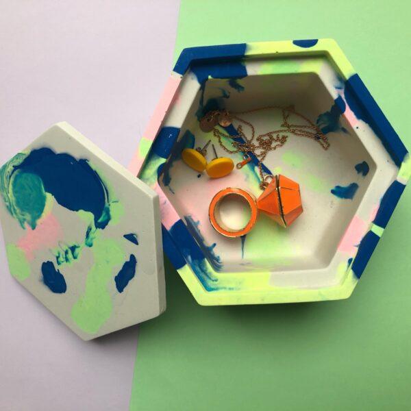Marbled jesmonite trinket box