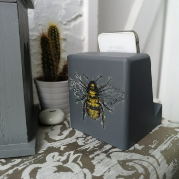 Ivy Upcycling, Dark Grey Bee Decorated Wooden Phone or tablet stand