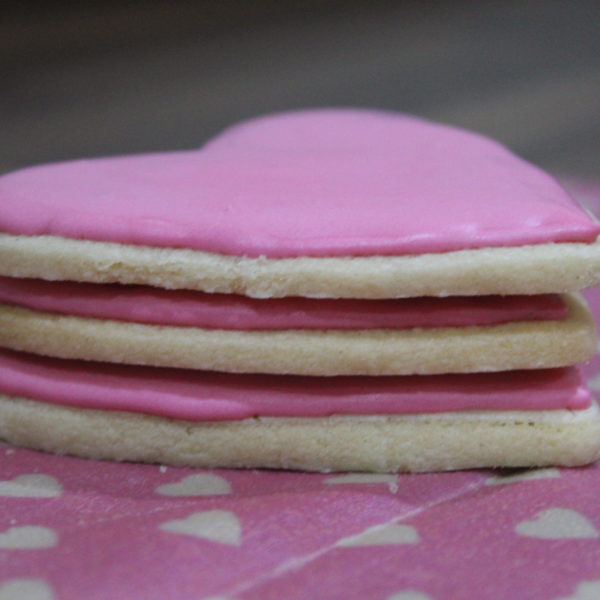 Sweet Bee Wraps UK pink hearts wax wrap with 3 pink heart biscuits unwrapped