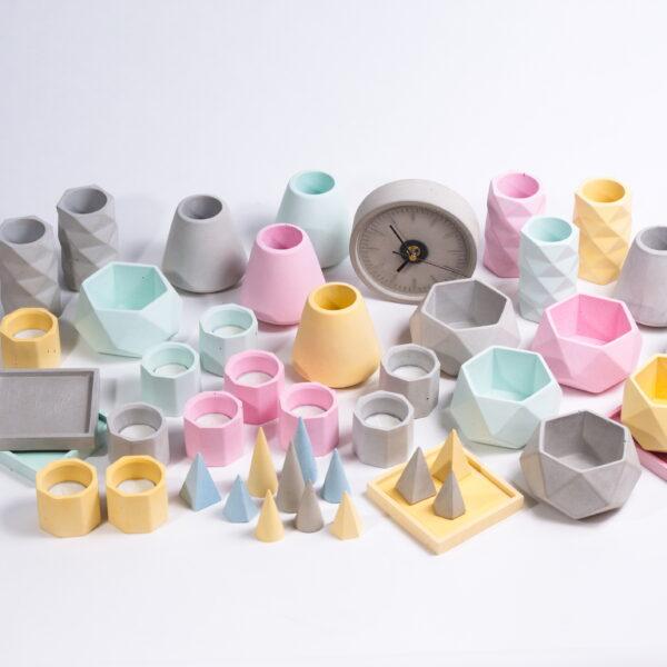 Mexish Made, Concrete Products, Concrete Clock, Colour Concrete, Pots, Yellow Concrete, Pink Concrete, Grey Concrete, Green Concrete,