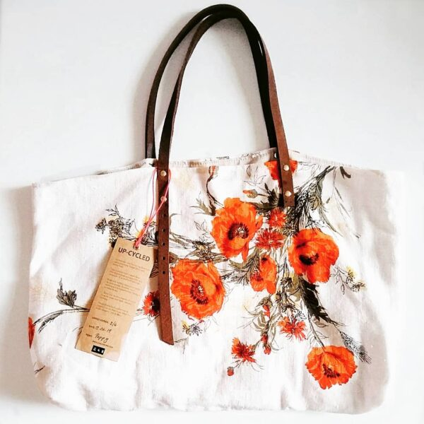 Poppy print tote bag