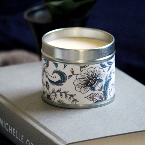 Unnaaty, Hand poured soy wax candle