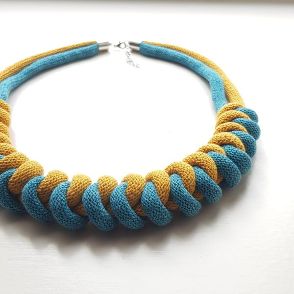 Eco-friendly cotton necklace