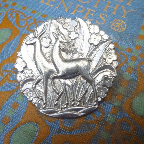 Archives Crafts Deer-brooch