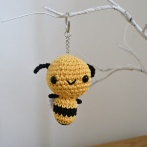 Little Smidge of Happiness, Crochet honey bee keyring