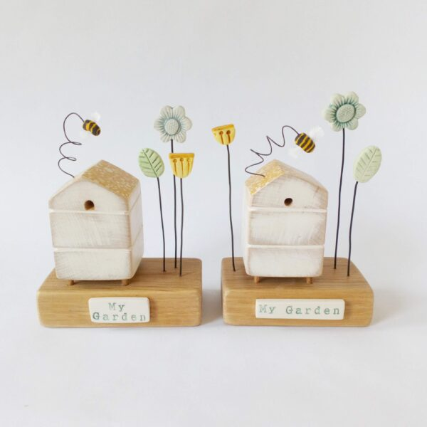 Thimbleville wooden beehive with clay bee miniature sculpture flower garden