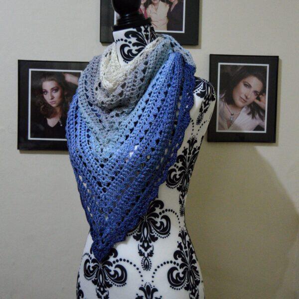504 Krafts by K, Shawl in blue and grey