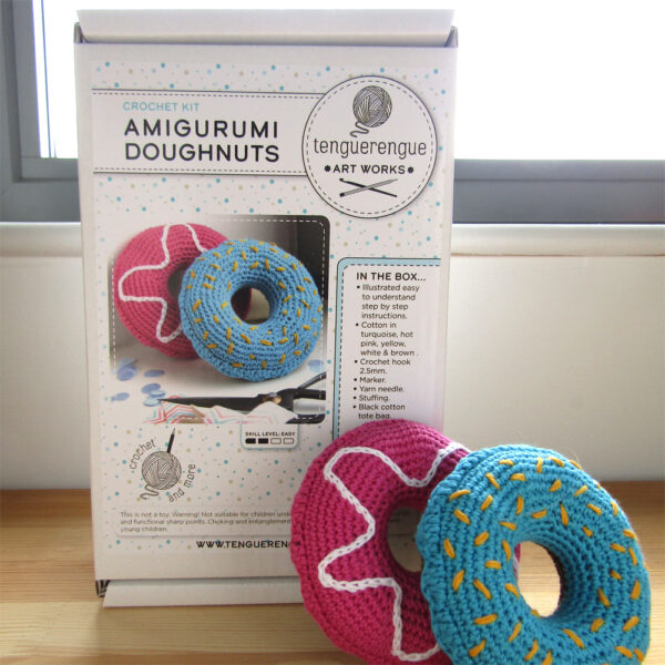 Crochet kit to make two doughnuts
