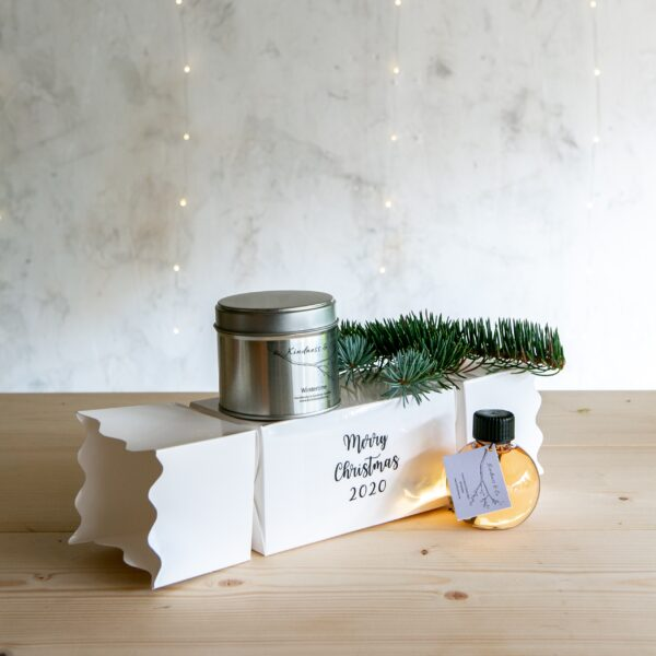 Christmas Cracker with Soy Wax Tin Candles and Hand & Body Wash Bauble