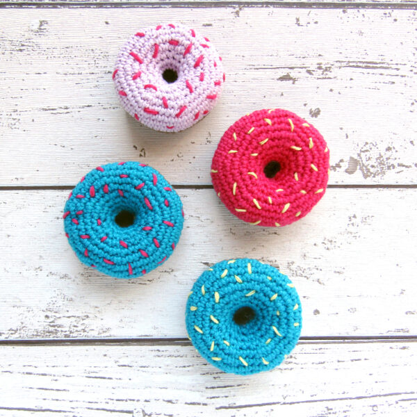 Doughnut lover? This is the perfect brooch