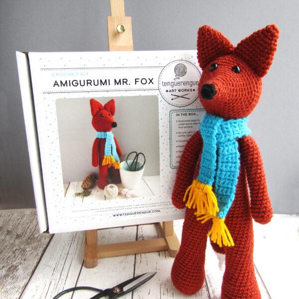Crochet kit to make a Fox