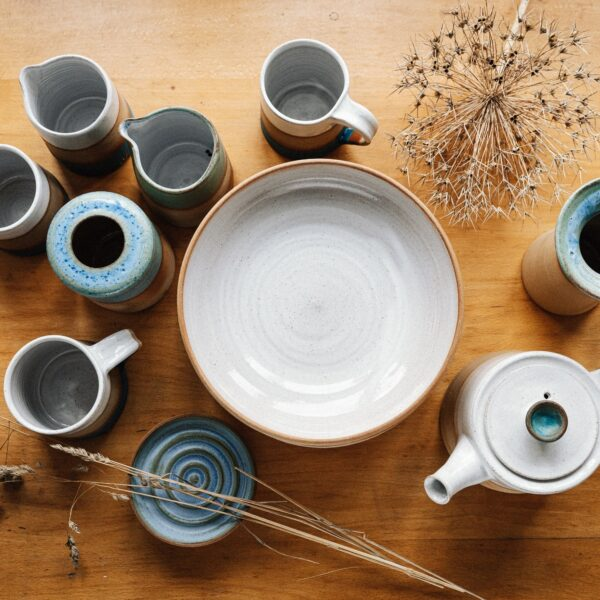 Kate Cooke Ceramics - contemporary stoneware ceramics natural clay with white and blue green glazes