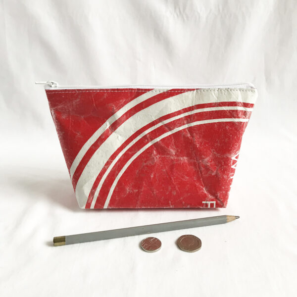 made by kelly o upcycled accessories stingray zip bag