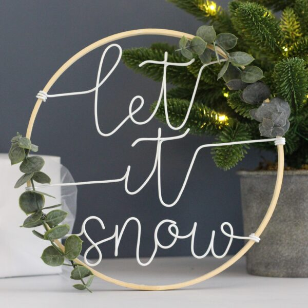 Let it snow indoor wreath by Wired Mama