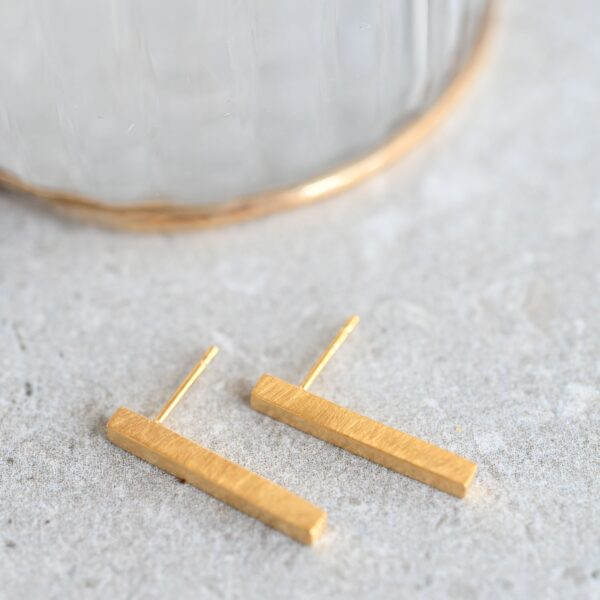 Gorgeous gold plated sterling silver bar earrings