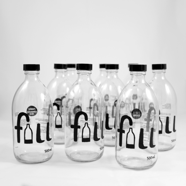 That Refill Place, Fill Household Cleaning Products, Glass reusable bottles with refillable cleaning products inside