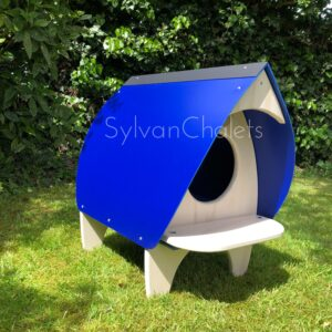 Sylvan Chalets, Blue roof cat house