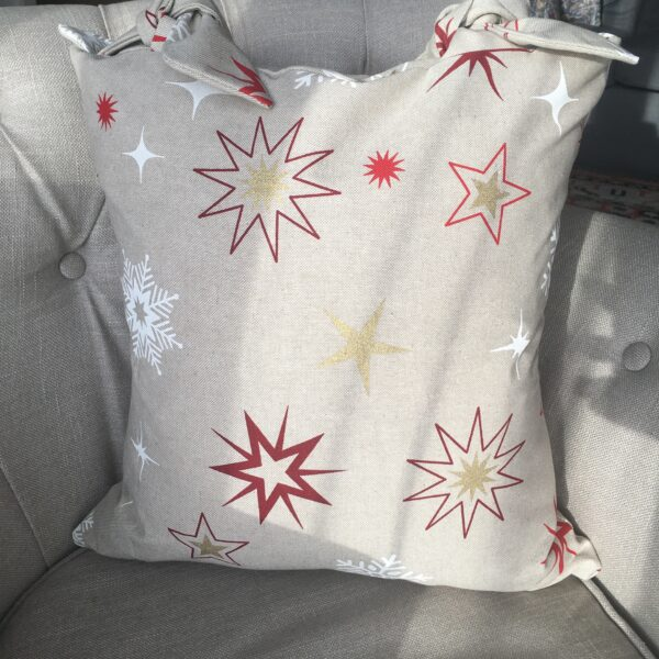 Chloe's Cushions Christmas cushion