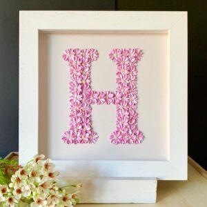 Fleur de L'amour, pink letter H