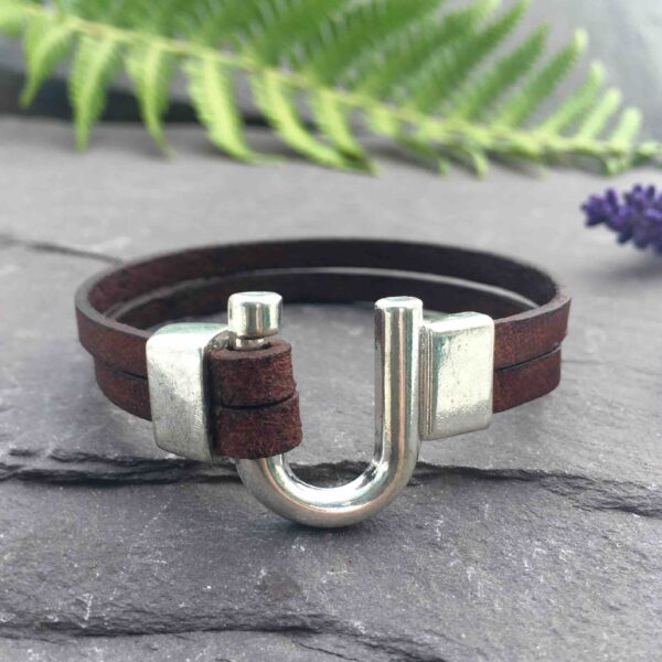 Sharon Mckinley Designs, Leather Bracelet with a horseshoe clasp
