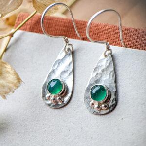 Moon Sage Jewellery, Silver Tear Drop Earrings set with 2 5mm green onyx cabochons