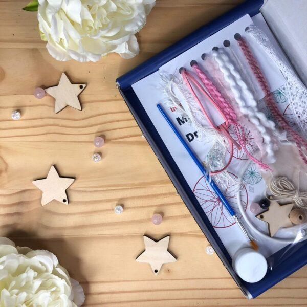 Pink dreamcatcher kit in box