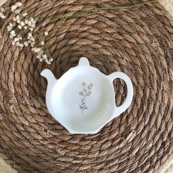 Springtime Tea Tidy