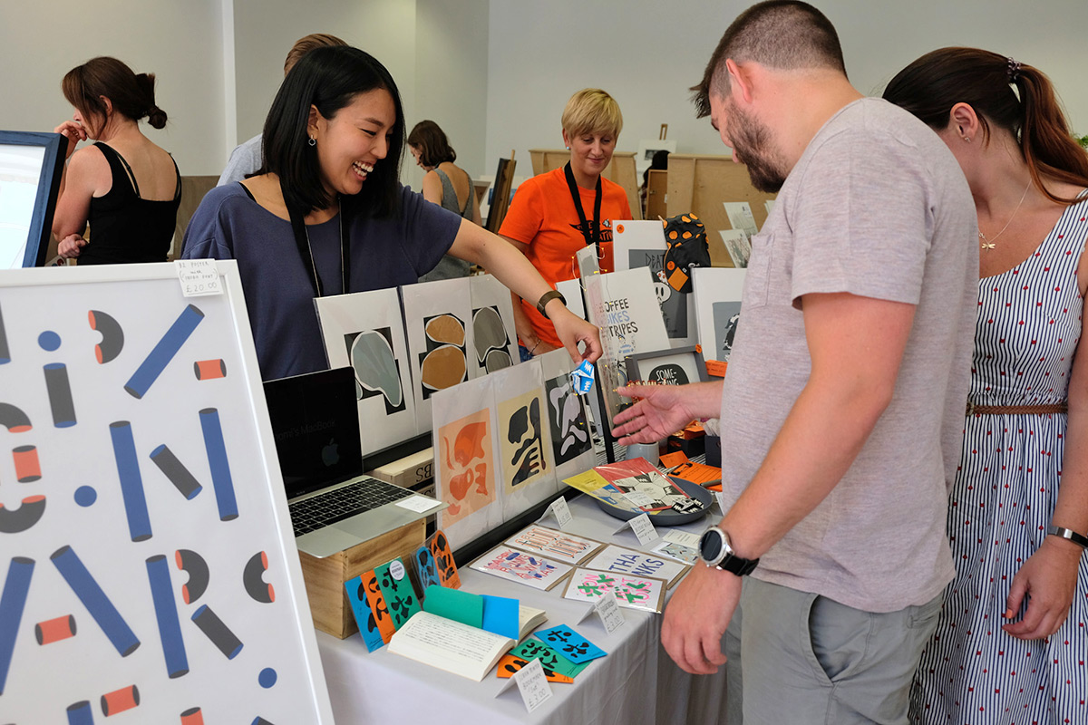 Tomomi Maezawa at Liverpool Print Fair, June 2018